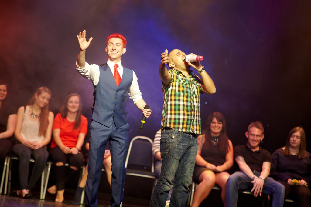 Robert Temple : The Hypnotist Live and Outrageous
